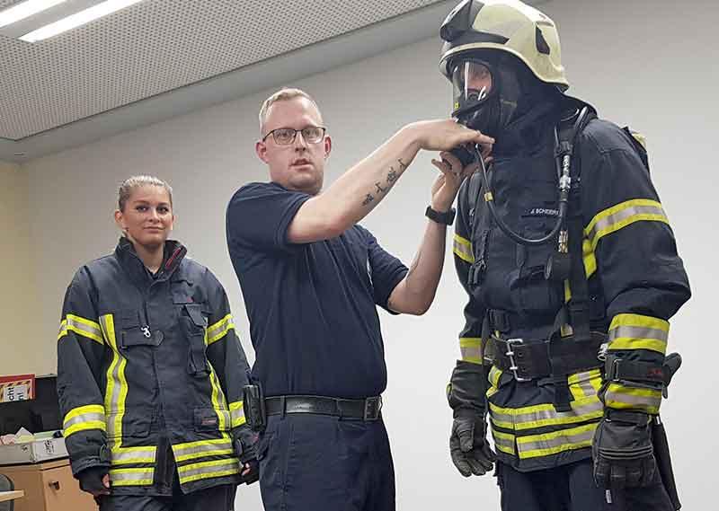 Gemeinsame Ausbildung mit der Freiwilligen Feuerwehr Darmstadt Innenstadt