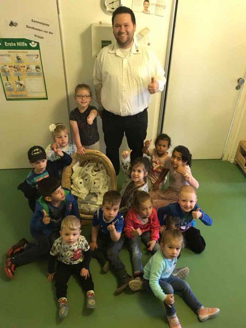 Pflasterspende an Kinderhaus Wirbelwind
